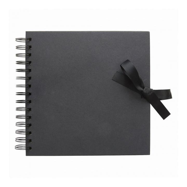 Album na scrapbooking čierny / 20 cm